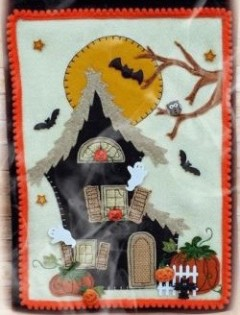 Halloween House Wall Hanging Kit