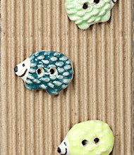 5 Little pastel hedghogs buttons