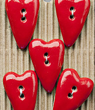 5 Pointed red heart buttons