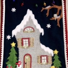 The Christmas house wall hanging kit